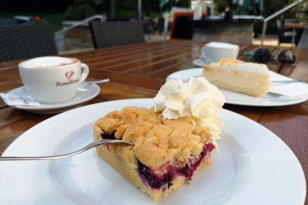 Das Foto zeigt Kuchen im Waldhaus Bochum
