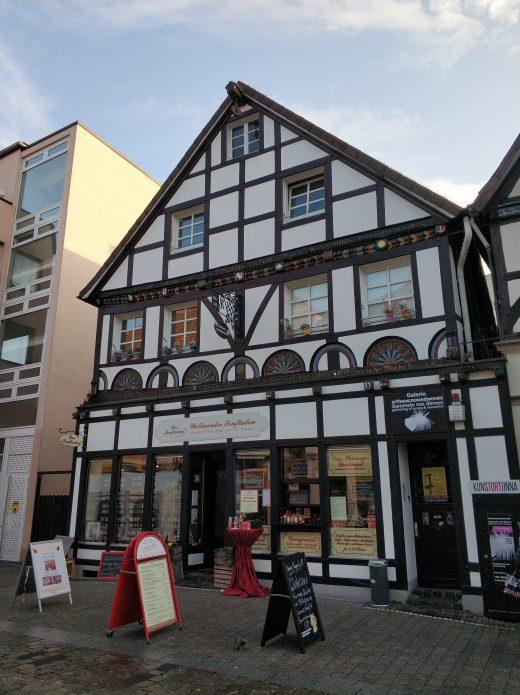 Das Foto zeigt den Senfladen in der Altstadt von Unna