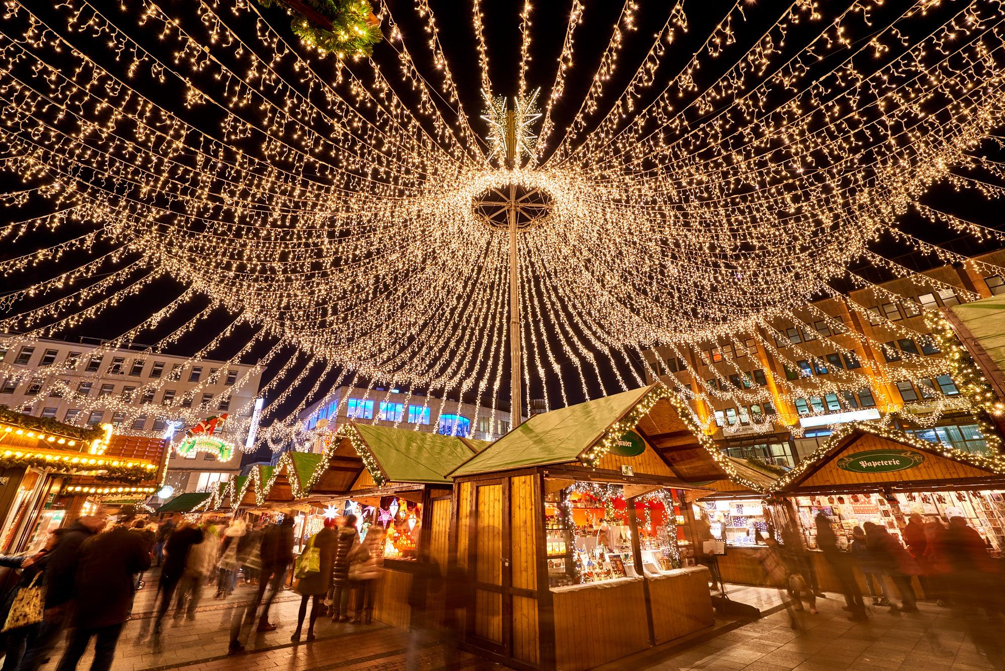 Das Bild zeigt den Weihnachtsmarkt in Essen