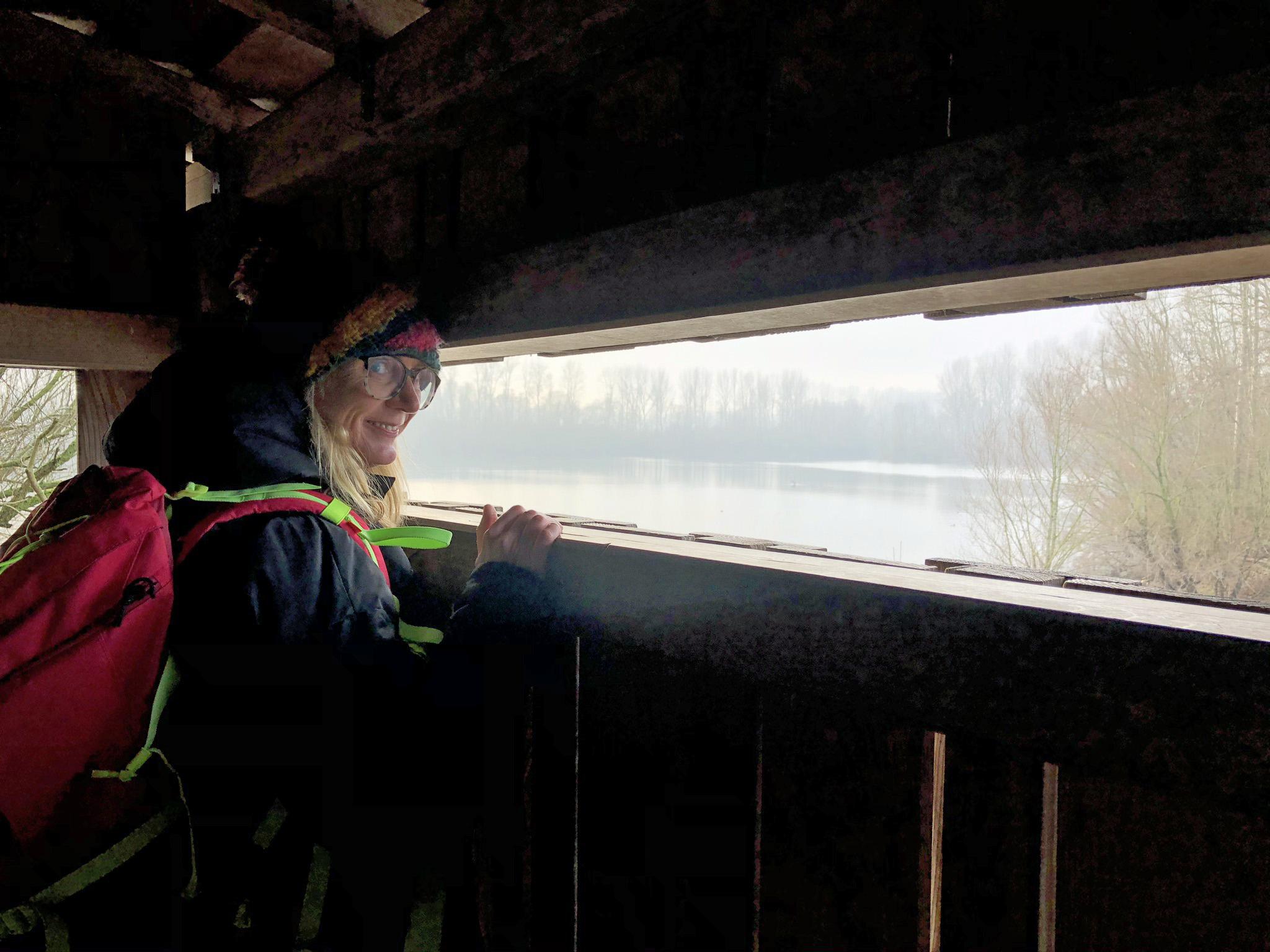 Mit Blick auf's Wasser der Bislicher Insel in Xanten im Ruhrgebiet