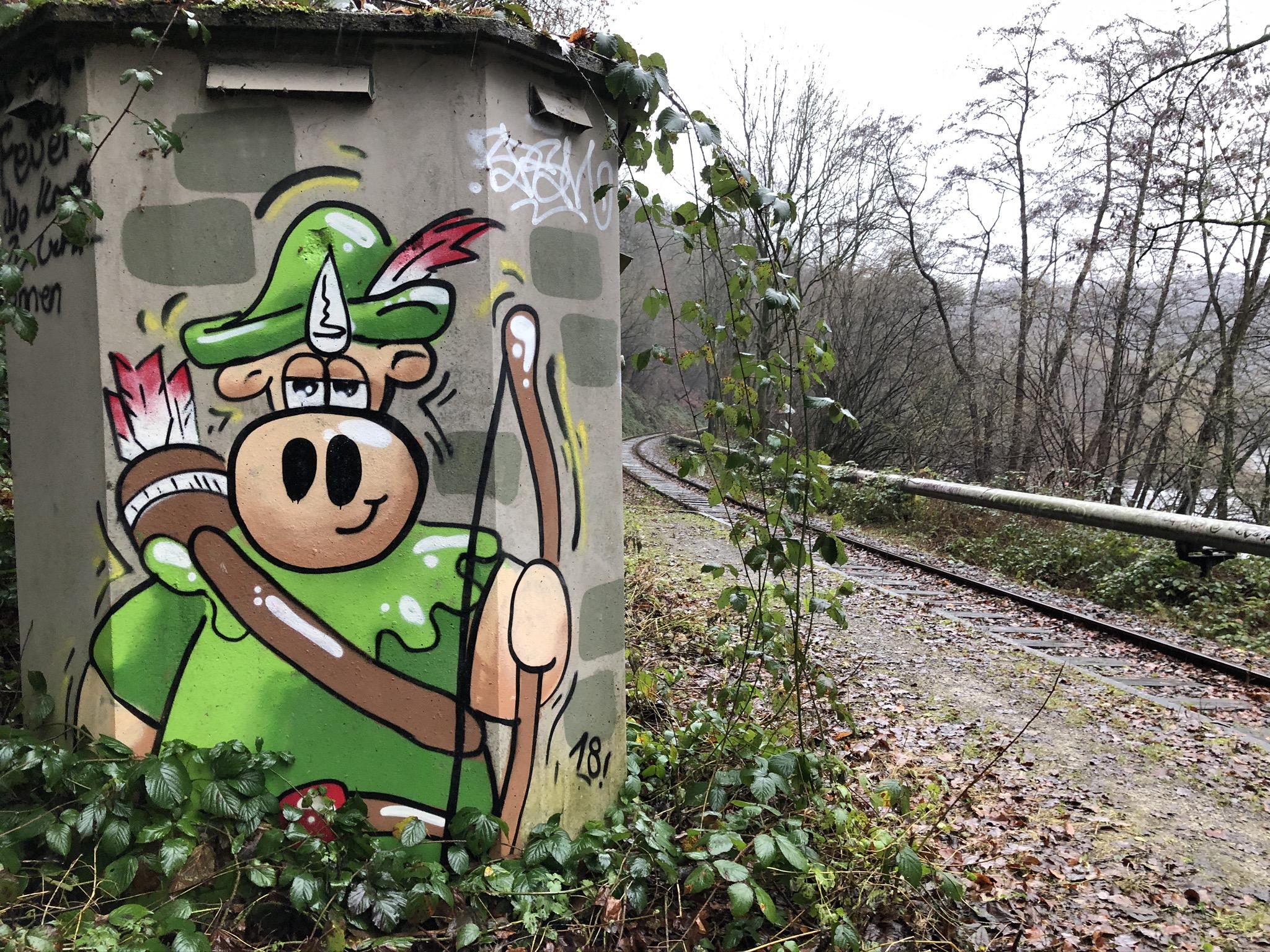 Robin Hood Grafitti an der Haltestelle Burgruine Hardenstein in Witten im Ruhrgebiet
