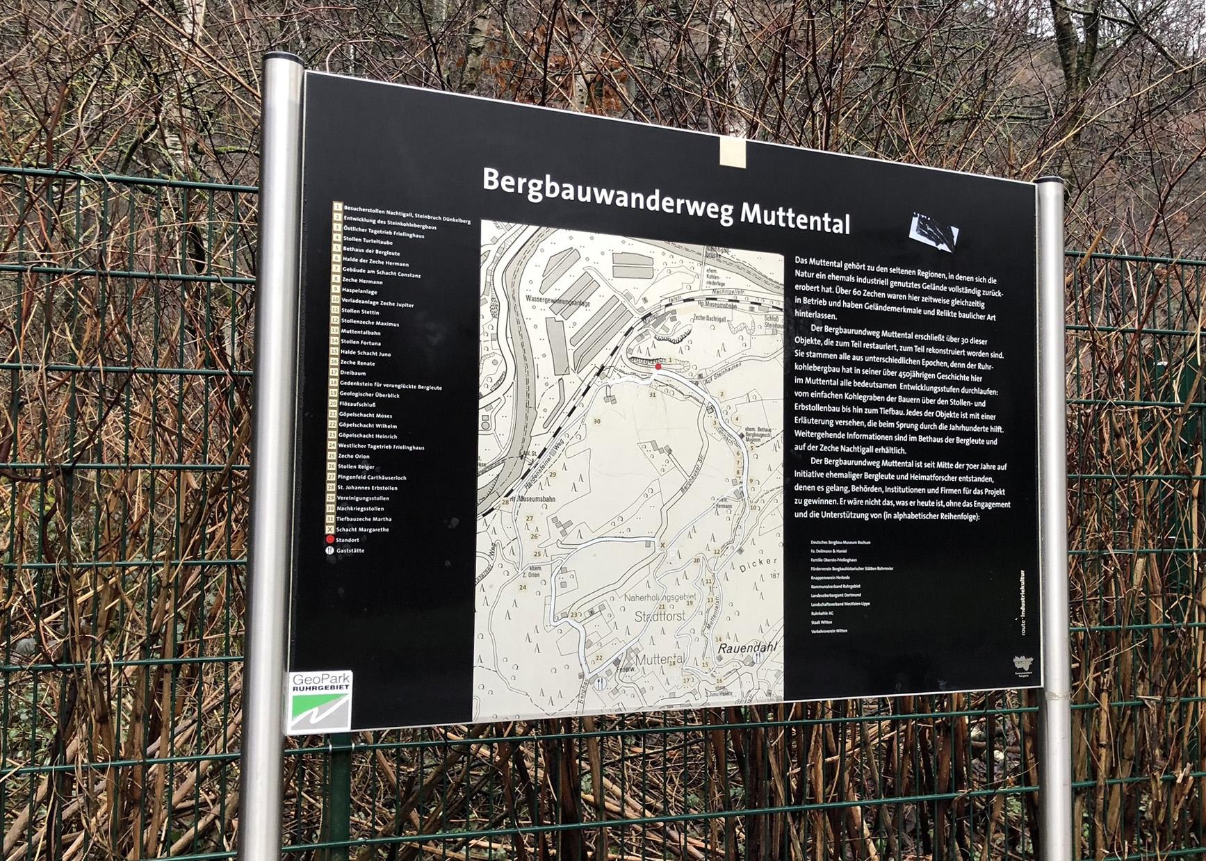 Beschilderung Bergbauwanderweg Muttental in Witten im Ruhrgebiet
