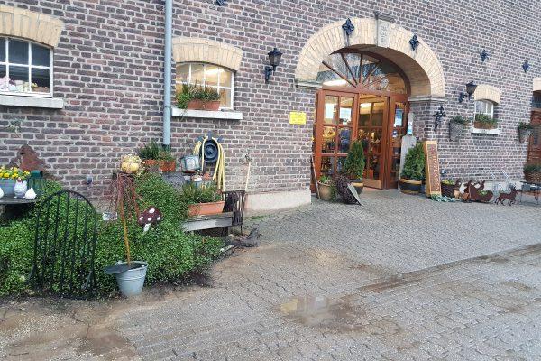 Das Foto zeigt den Schwafheimer Hofladen in Moers