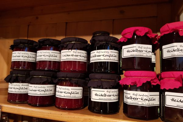 Das Foto zeigt Marmeladen des Hof Umbergs in Bottrop-Kirchhellen