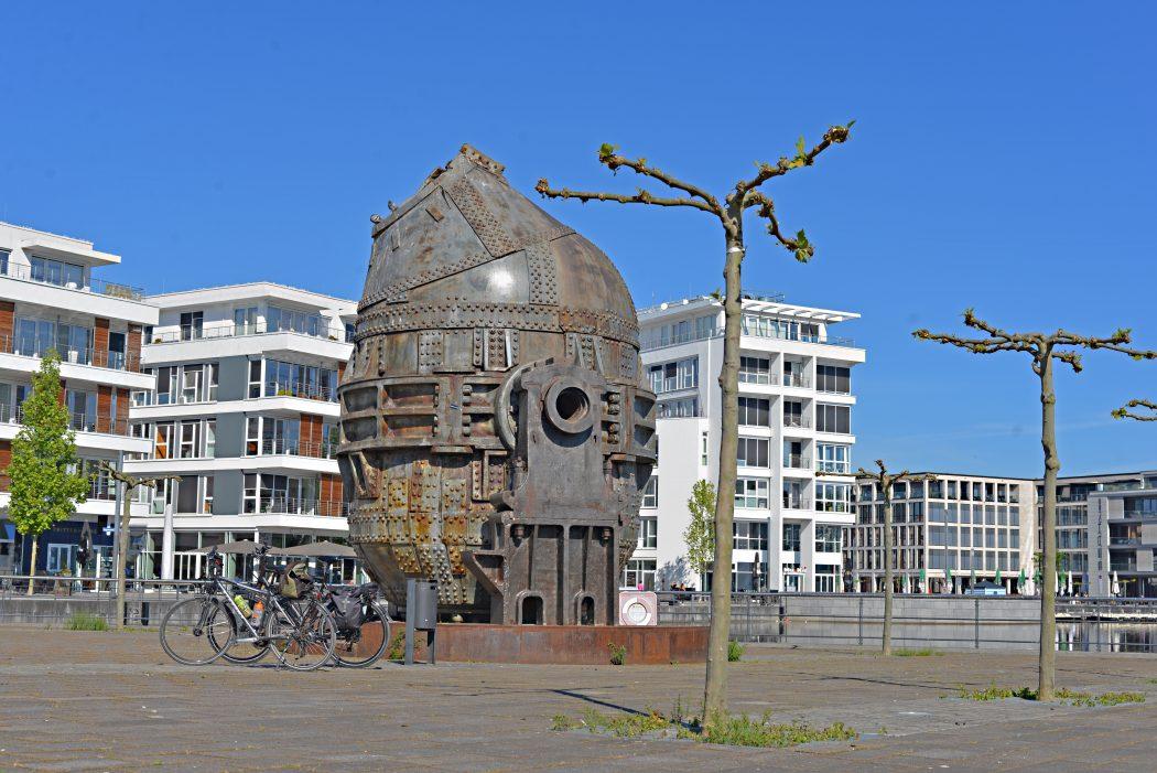 Das Foto zeigt die Thomasbirne am Phoenix See in Dortmund