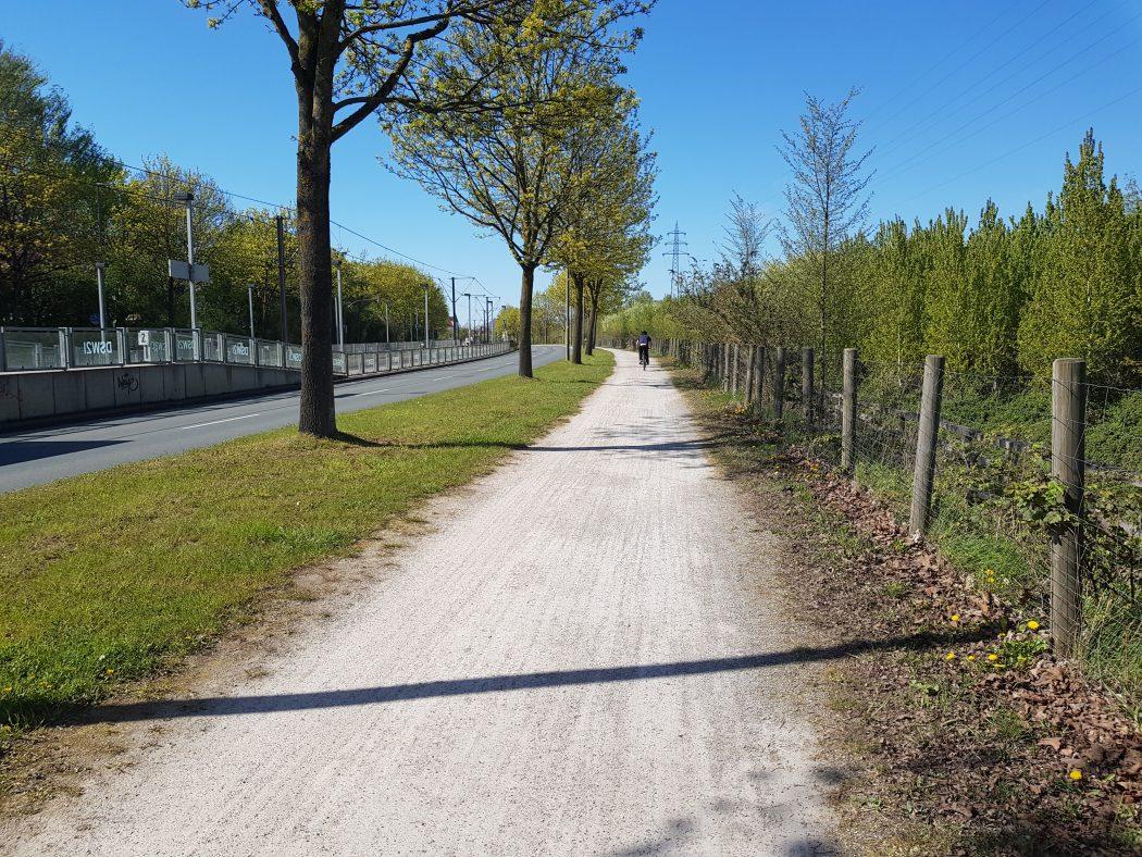 Das Foto zeigt den Emscherweg in Dortmund