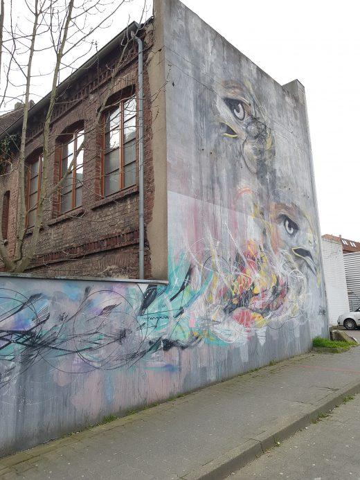 Das Foto zeigt Streetart an einer Hauswand in Dortmund