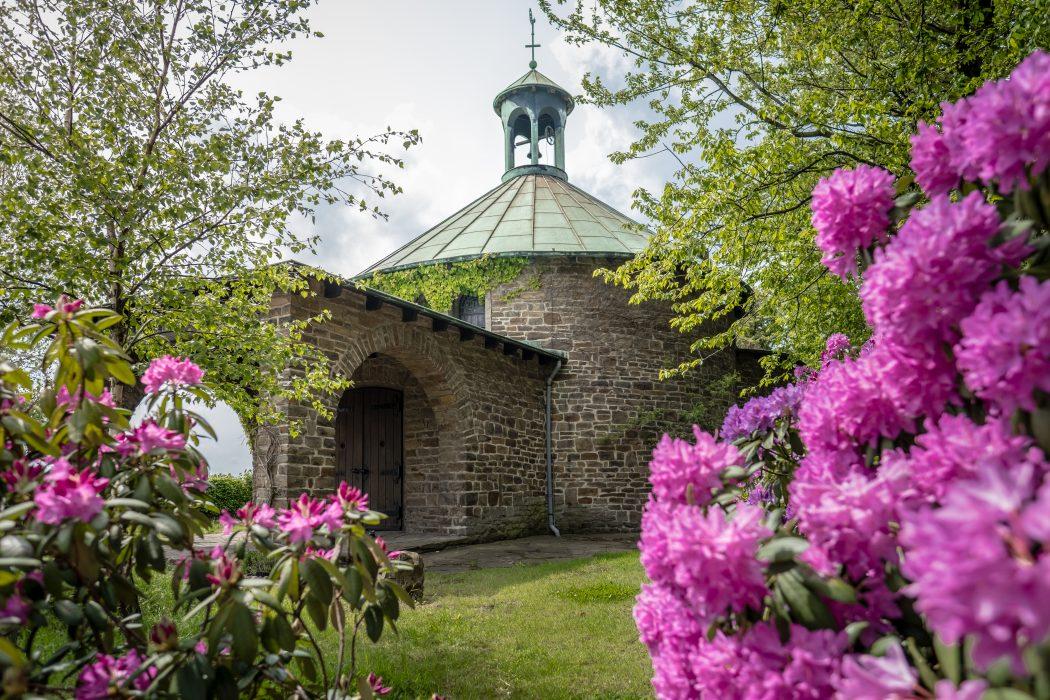 Das Foto zeigt die Die Wallfahrtkapelle Maria im Maien