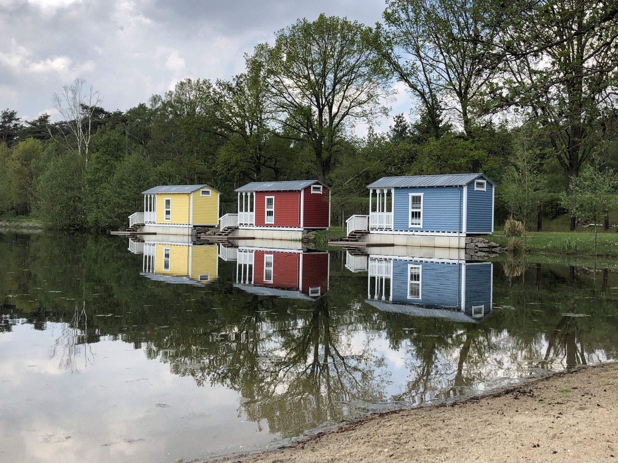Schwedenhäuser am See in der Dingdener Heide