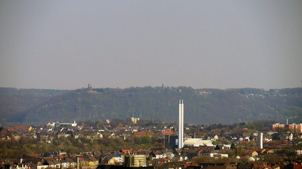 Das Foto zeigt die Aussicht vom 3 Türme WEG auf Hagen