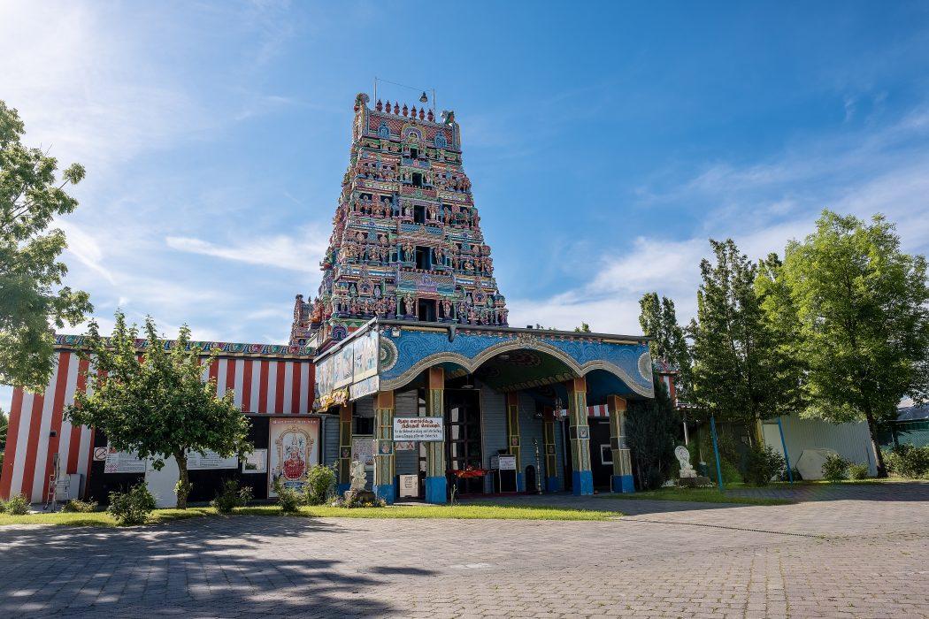 Das Foto zeigt den Sri Kamadchi Ampal Tempel in Hamm