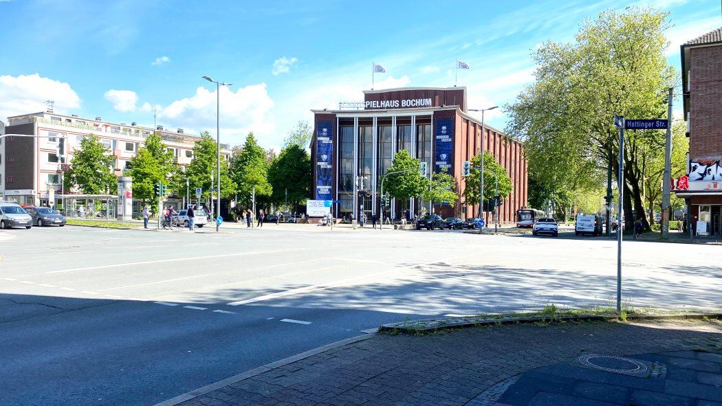 Das Foto zeigt das Schauspielhaus Bochum im Szeneviertel Bochum-Ehrenfeld