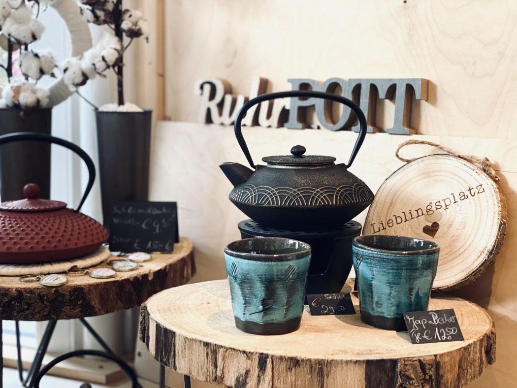 Das Foto zeigt Tee-Accessoires des Teeladens Tee Marie im Szeneviertel Bochum Ehrenfeld