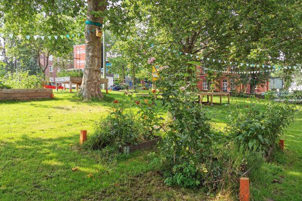 Das Foto zeigt die Grünflächen des Imbuschplatz in Bochum