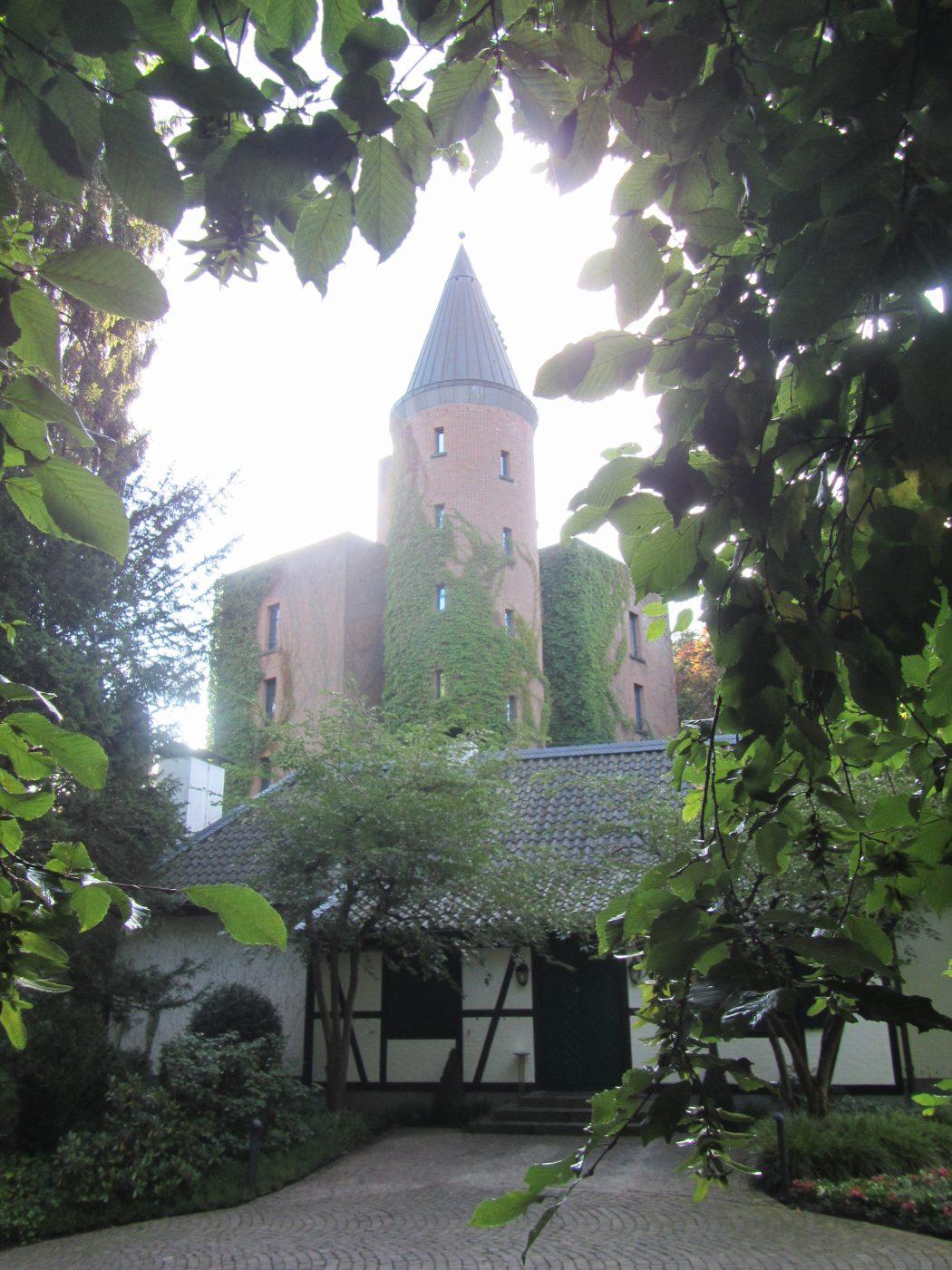 Das Foto zeigt das Schloss Landsberg in Essen