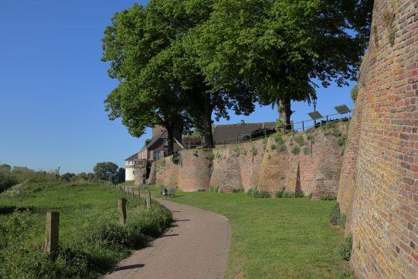 Das Foto zeigt Rees am rechten Niederrhein