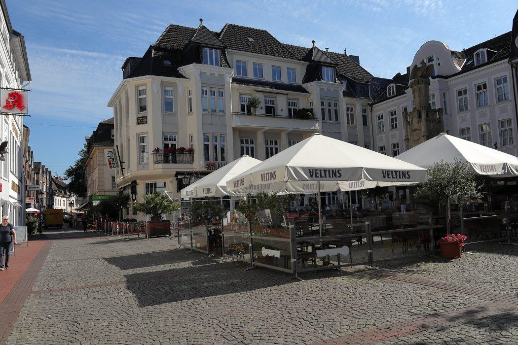 Das Foto zeigt die Innenstadt von Moers