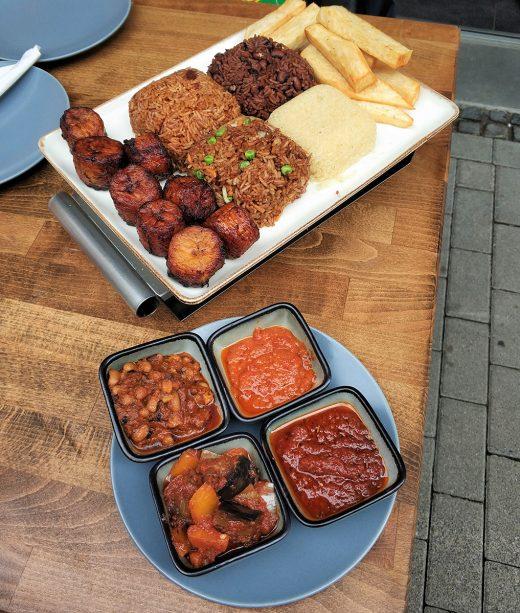 Das Foto zeigt afrikanische Spezialitäten im Mataa's Kitchen in Dortmund