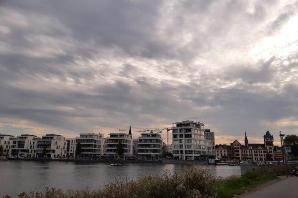 Das Foto zeigt den Phoenix See in Dortmund