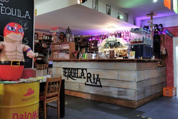 Das Foto zeigt die Bar der TequilaRia in Bochum
