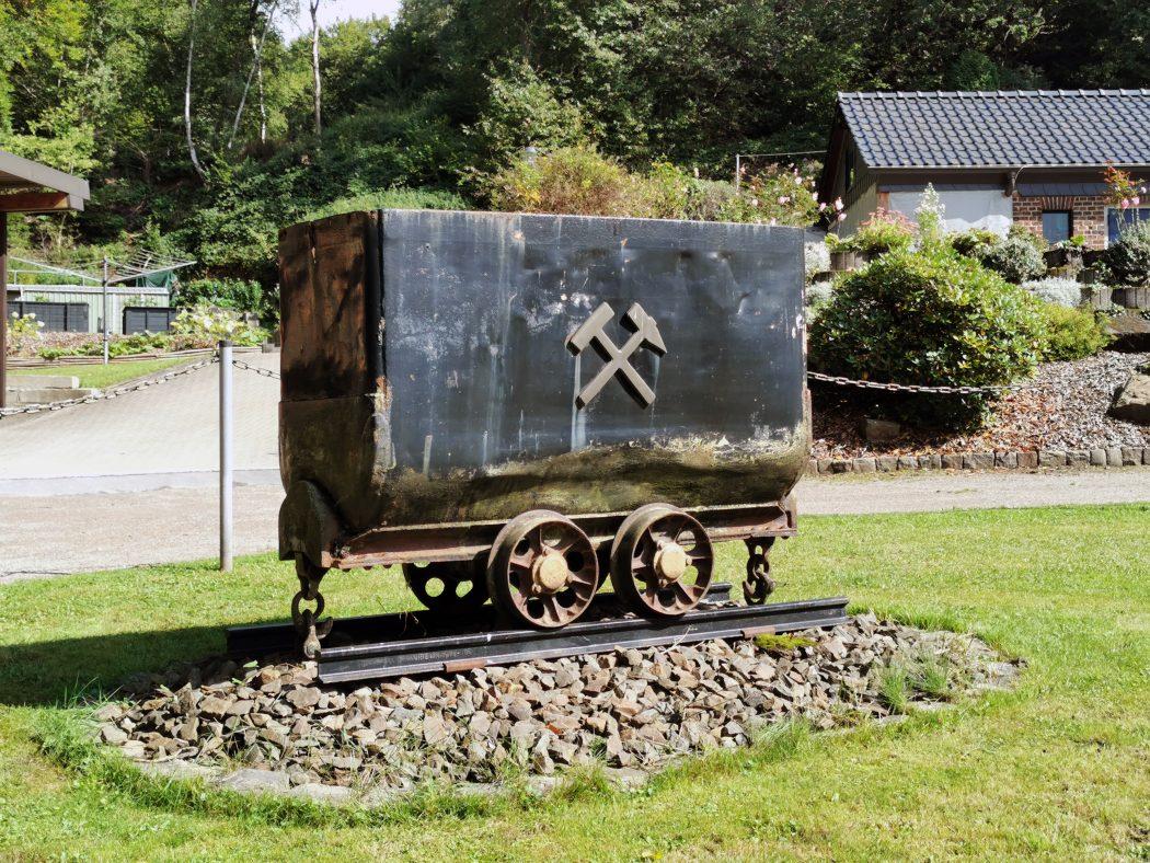 Das Foto zeigt eine Kohlelore in Sprockhövel