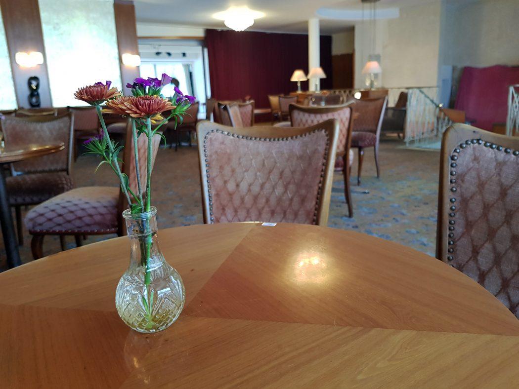 Das Foto zieht das Café Leye in Witten