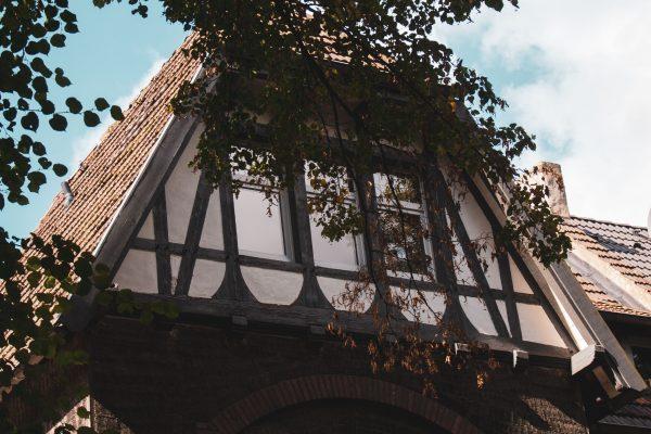 Das Bild zeigt ein Haus in der Siedlung Rheinpreußen